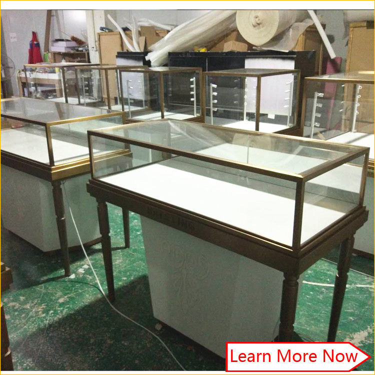 Modern luxury jewelery showcase display cabinet,jewelery counters,led light cabinet jewelery showcase fornitore